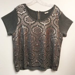 Moth • Women's Short Sleeve Sweater Size Large